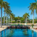 Four Seasons Resort Anahita
